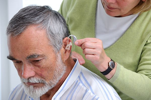 How Can Hearing Aids Improve Your Lifestyle?