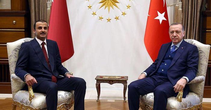 Емір Катару Тамім бін Хамад Аль Тані та президент Туреччини Реджеп Таїп Ердоган.