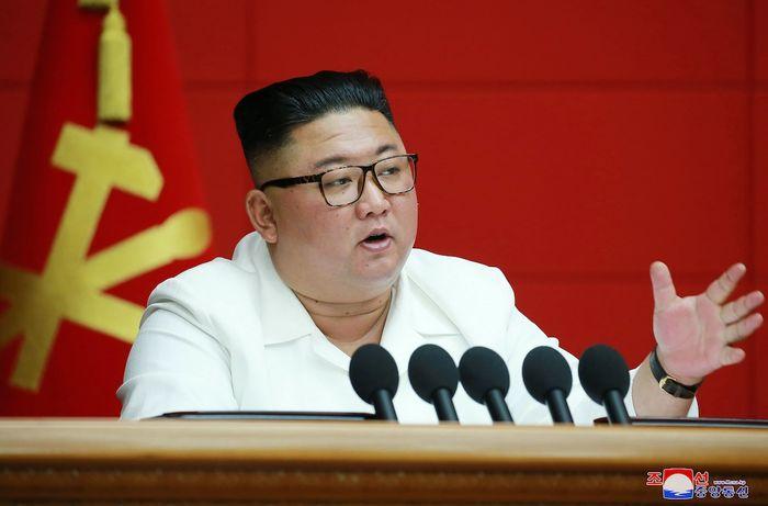 Кім Чен Ин на нараді Політбюро, 19 серпня 2020