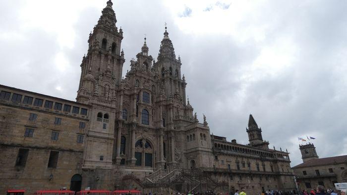 SANTIAGO DE COMPOSTELA, visita obligada en cada viaje a Galicia.