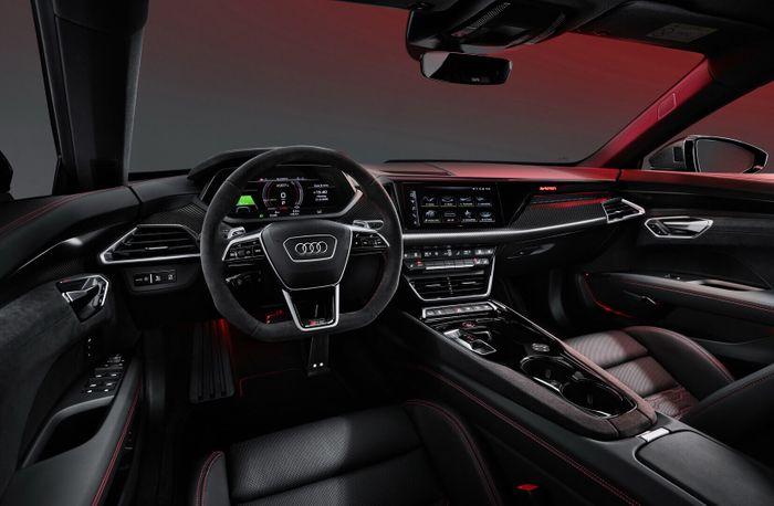 Интерьер Audi RS e-tron GT