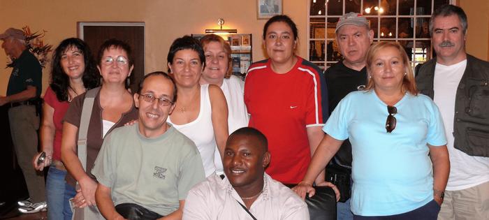 Nuestro grupo conoce en Nairobi al representante del touroperador N T - especialista en safaris