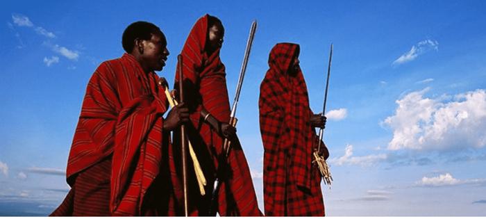 La tribu Masai. Símbolo de identidad en Kenia y Tanzania