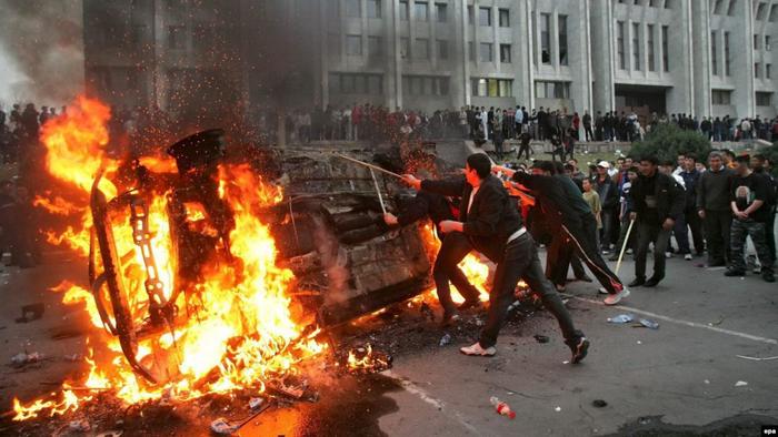 Протести в Андижані