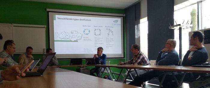 Inspiratiesessie rond mobipunten en fietsdelen met verschillende steden en gemeentes in Vlaams-Brabant.