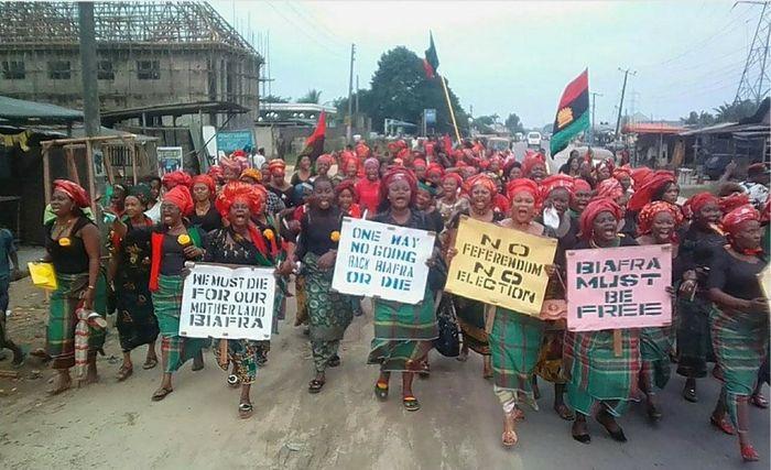 Пробіафрійські протестувальники вимагають проведення референдуму за незалежність Біафри, 2017 рік.
