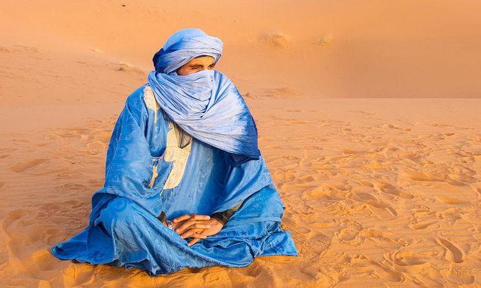 Туареги, які звикли вести кочовий спосіб життя в складних природніх умовах, відомі своєю хоробрістю та любов'ю до свободи