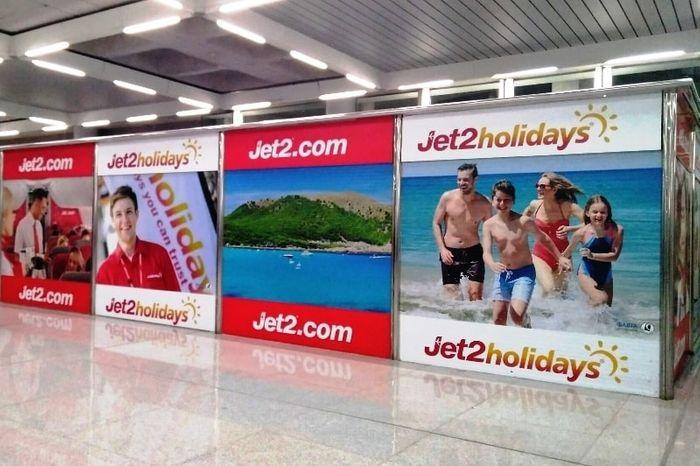 Офисы туроператора Jet2 в аэропорту Пальмы де Майорка