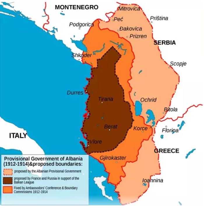 Кордони Албанії, затверджені на міжнародній конференції у Лондоні, позначені помаранчевим. Рожевим виділені етнічні території албанців, що не увійшли до складу новоствореної держави.